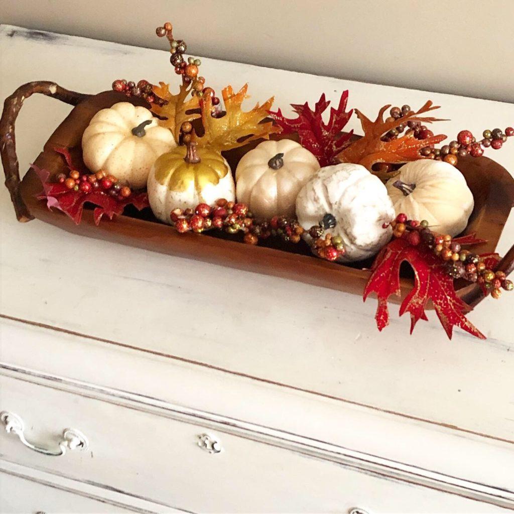 seasonal-fall wooden-tray-decor