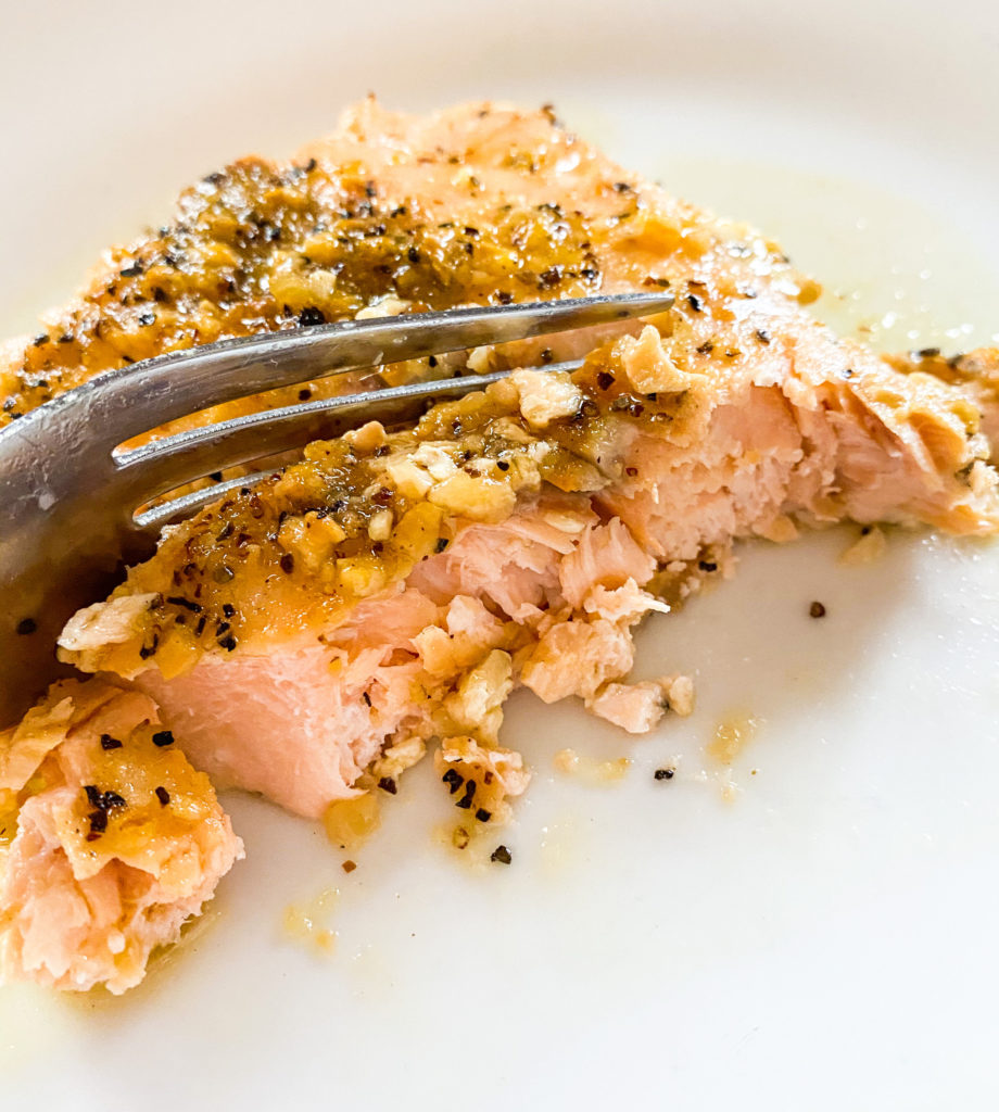 crock-pot-slow-cooker-lemon-pepper-salmon